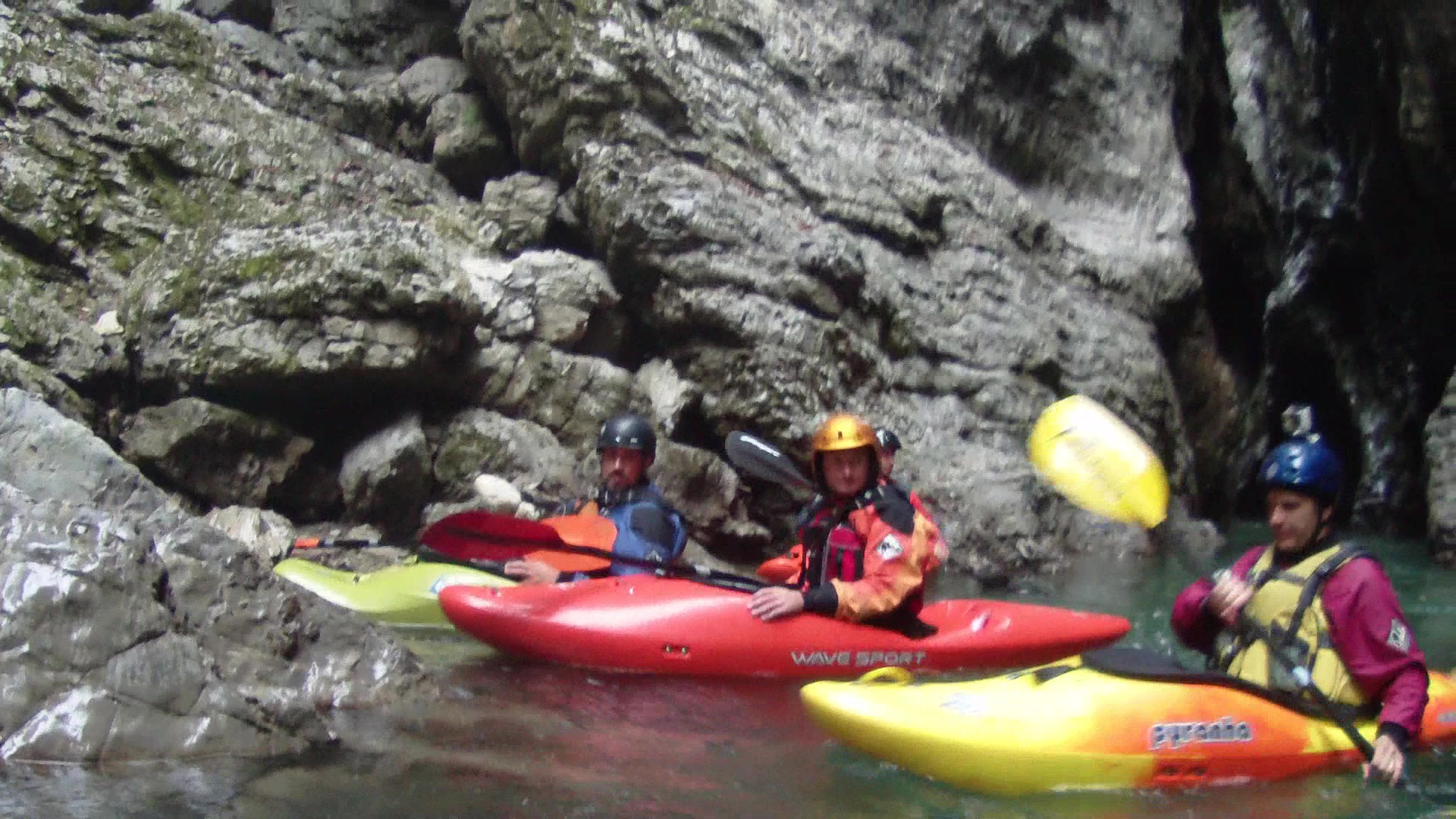 Kayaking Maè river