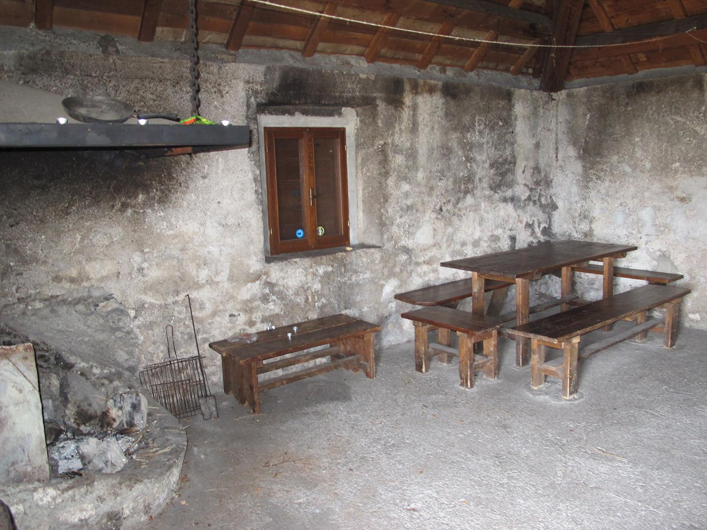 Interno Casera Lodina