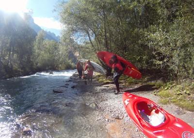 Imbarco-discesa-in-kayak-fiume-Drau-Drava