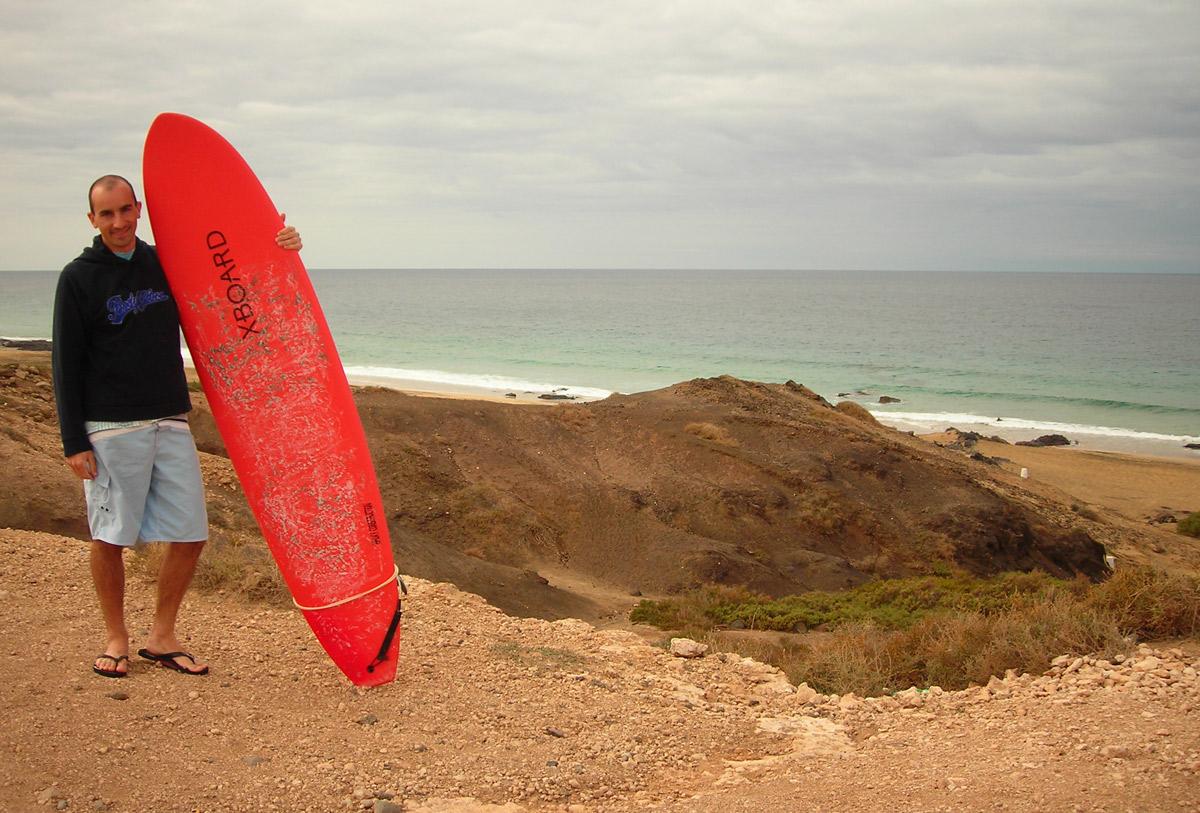 Luca Tavian surfer