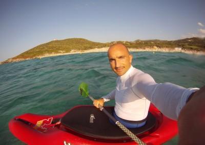 14-08-2014-Kayak-surfing-Corsica-Bodri-©Luca-Tavian